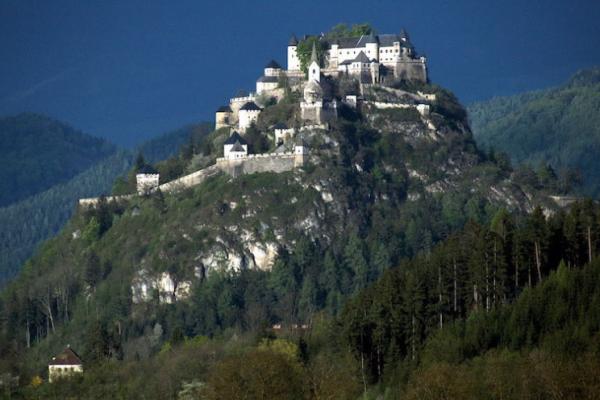 """สถานที่ท่องเที่ยวยอดนิยมใน """"ออสเตรีย"""""""